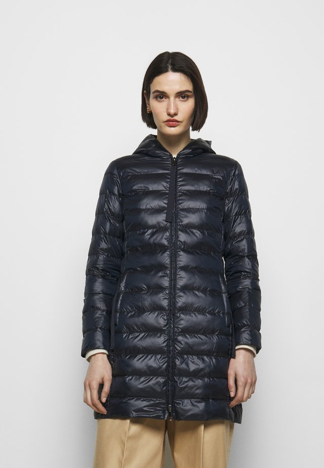 FAVORIRE - Halflange jas - midnight blue