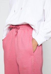 adidas Originals - PANT - Pantalon de survêtement - trace maroon - 4
