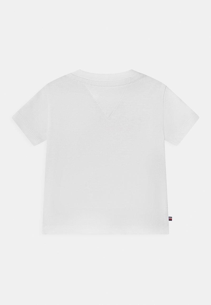 Tommy Hilfiger Baby Boys Skateboard Tee S//S Shirt