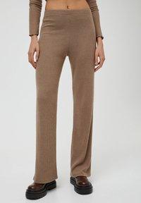 PULL&BEAR - Trousers - mottled beige - 0