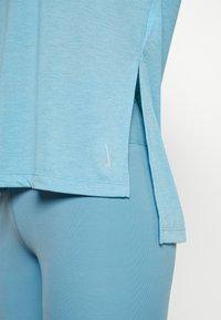 Nike Performance - DRY LAYER  - Sportshirt - cerulean heather/glacier blue/armory blue - 3