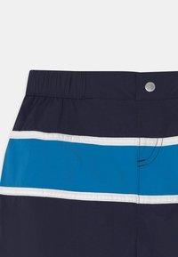 Lacoste - Badeshorts - navy blue/ibiza white - 2
