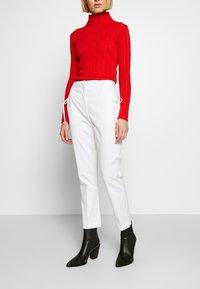 Vivetta - TROUSERS - Pantaloni - white - 0