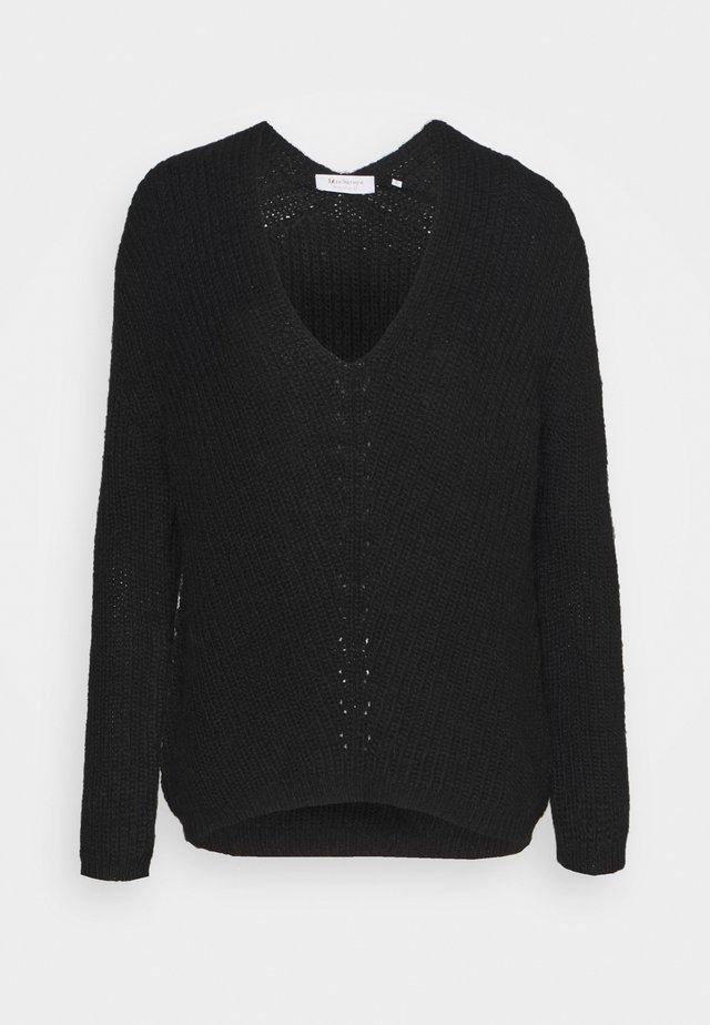 V NECK - Maglione - black