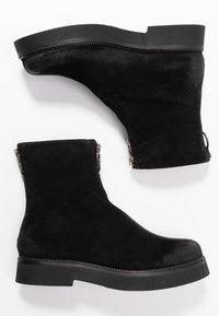 MJUS - Kotníkové boty na platformě - nero/canella - 3