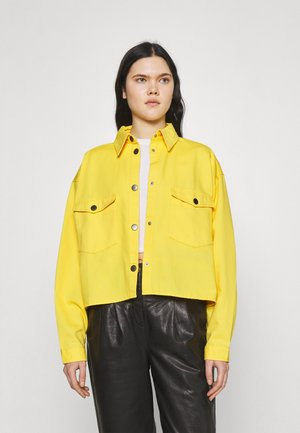 SLOANE SHACKET - Summer jacket - yellow