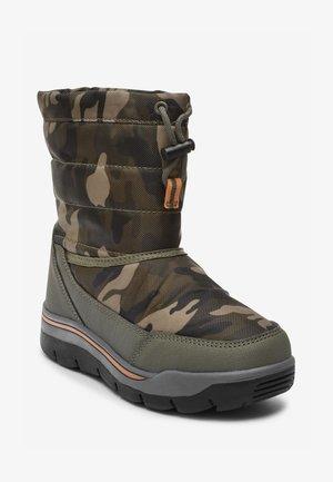 Winter boots - multi-coloured
