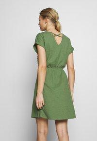 TOM TAILOR DENIM - MINI DRESS WITH STRIPES - Jersey dress - green - 2