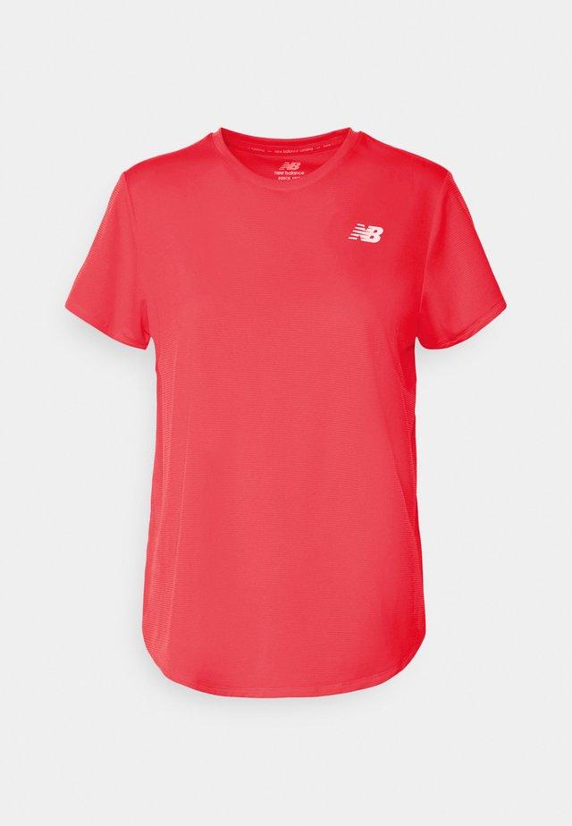 ACCELERATE SHORT SLEEVE - T-shirt basic - vivid coral