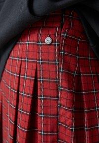 PULL&BEAR - Pleated skirt - mottled red - 6