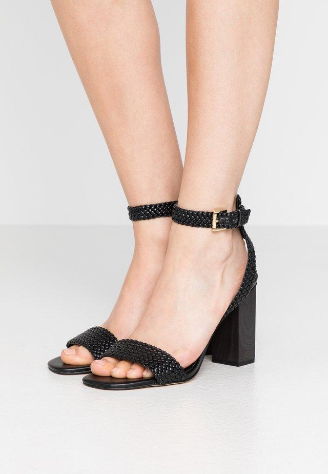 PETRA ANKLE STRAP - Sandały na obcasie - black