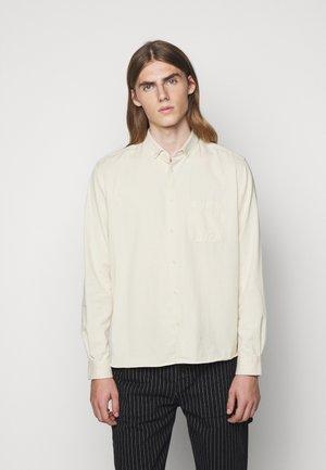 DEAN SHIRT - Košile - ecru