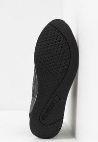 Geox - NYDAME - Zapatillas - black - 6