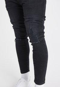 SIKSILK - Slim fit -farkut - washed black - 4