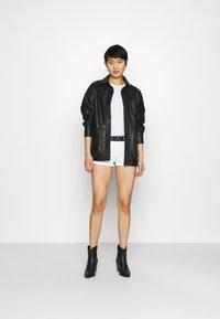 LTB - JUDIE - Shorts di jeans - white - 1