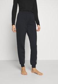 Emporio Armani - PANTS WITH CUFFS - Pyjama bottoms - nero - 0