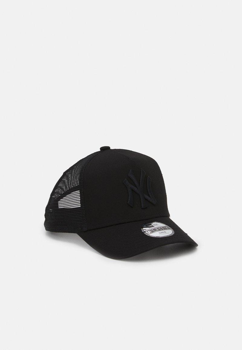 New Era - KIDS ESSENTIAL AFRAME TRUCKER UNISEX - Klubové oblečení - black