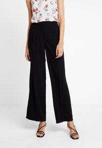 Selected Femme - SLFTINNI WIDE PANT - Bukse - black - 0