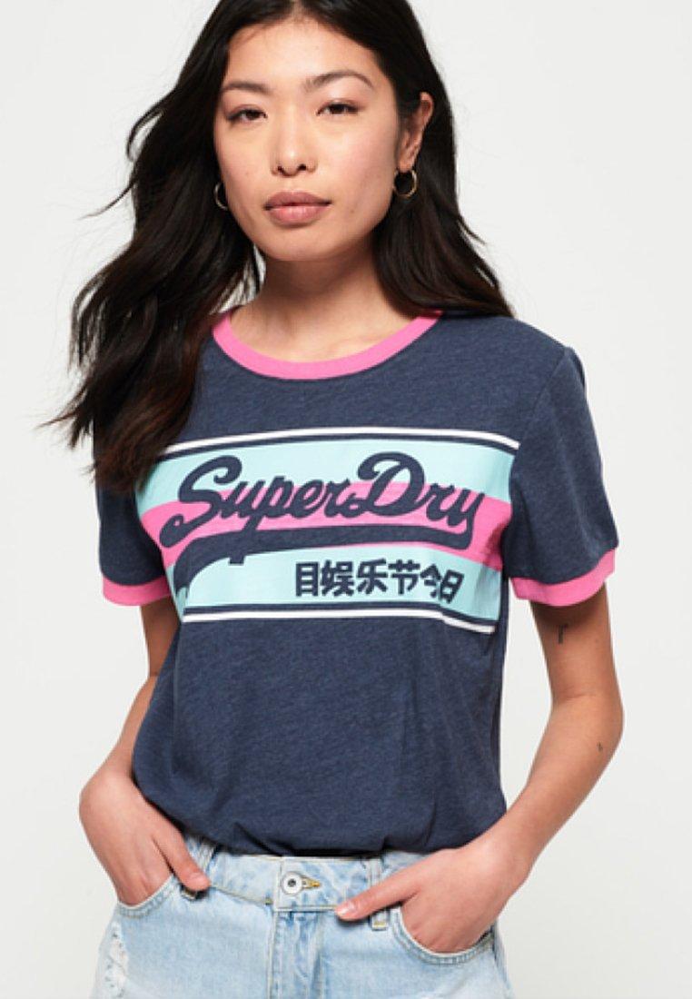 Superdry - T-PAITA - Triko spotiskem - blue