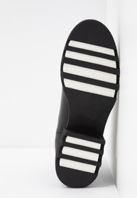 Adele Dezotti - Ankle boot - nero/bianco - 6