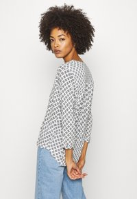 Marc O'Polo - SLEEVE - Long sleeved top - oyster white - 2