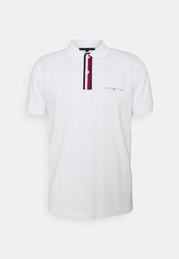 GLOBAL PLACKET REGULAR - Poloshirt - white