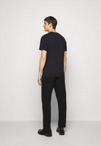 J.LINDEBERG - SILO TEE - T-shirt basic - black - 2