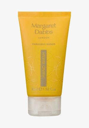 NOURISHING HAND WASH - Liquid soap - -