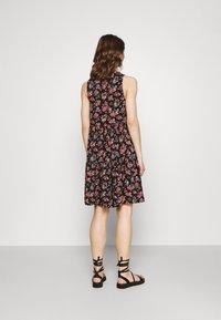Vila - VICARE LAYER DRESS - Sukienka letnia - black - 2