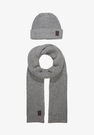 ONSEMILE BOX SCARF BEANIE SET - Scarf - light grey