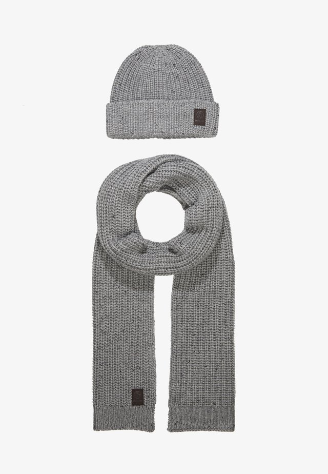 ONSEMILE BOX SCARF BEANIE SET - Šála - light grey