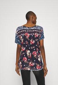 Desigual - ANTOINE - T-shirts med print - black - 2