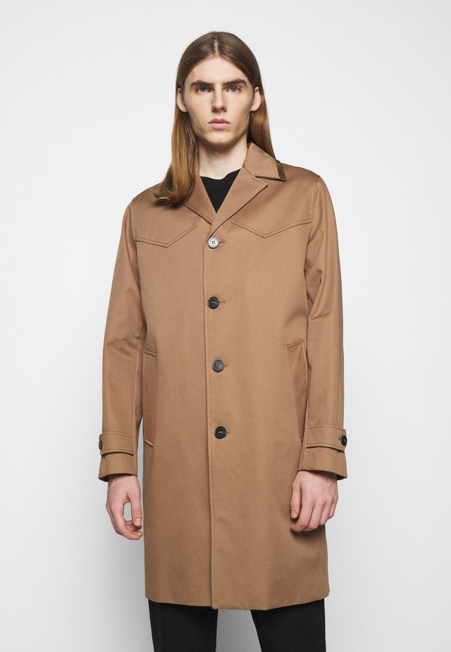 COAT - Trenchcoats - beige