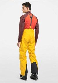 Haglöfs - LUMI LOOSE PANT - Snow pants - pumpkin yellow - 2