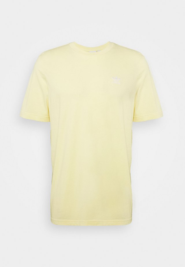 ESSENTIAL TEE UNISEX - T-shirts basic - easy yellow