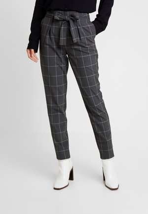 ONLNICOLE PAPERBACK BELT CHECK PANT - Trousers - dark grey melange