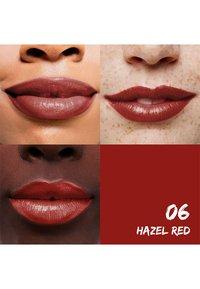 Sante - MOISTURE LIPSTICK - Lipstick - 06 hazel red - 2
