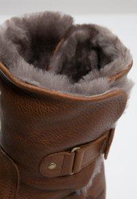 Panama Jack - FELIA IGLOO - Cowboy/biker ankle boot - cognac - 5