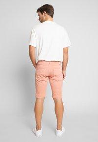 Pepe Jeans - STANLEY - Denim shorts - sundown - 2
