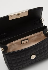 Guess - MATRIX  XBODY BELT BAG - Rumpetaske - black - 5