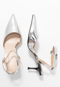 BEBO - VINCE - Klassiske pumps - silver metallic - 3
