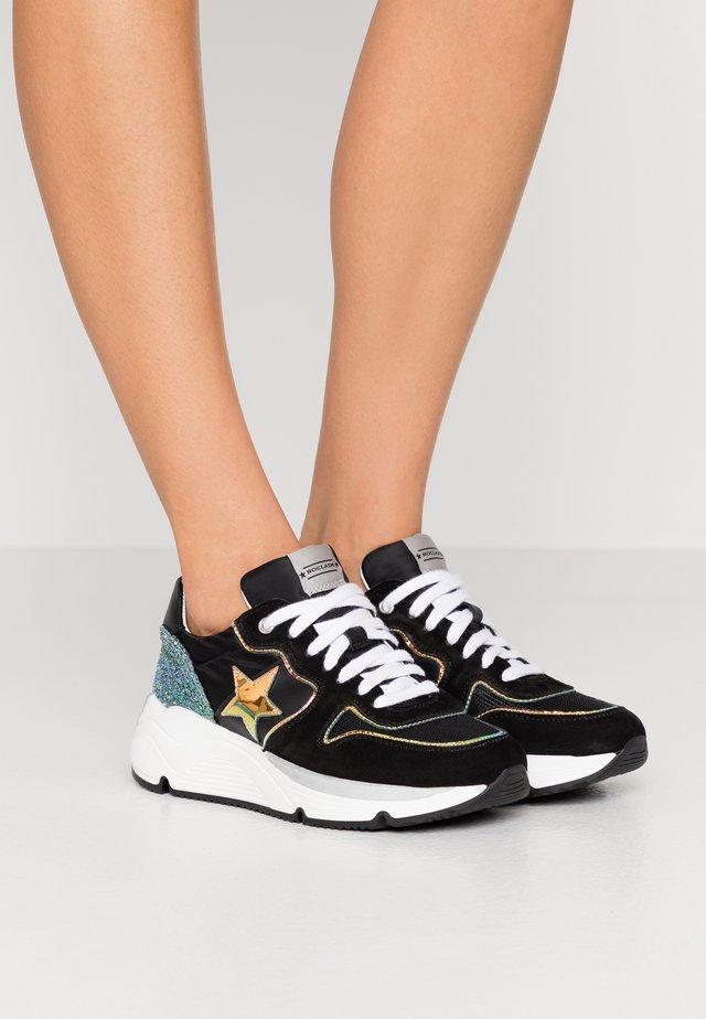 LOGAN  - Sneakers basse - nero