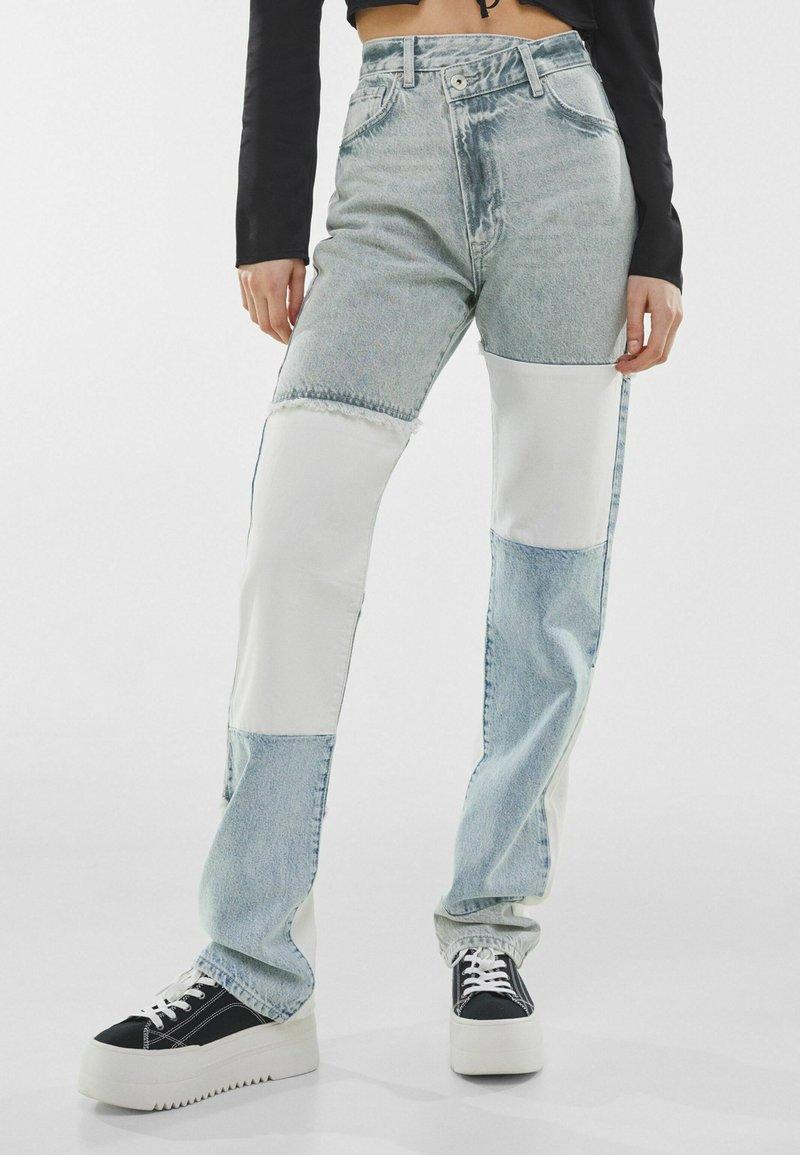 Bershka - Straight leg jeans - light blue