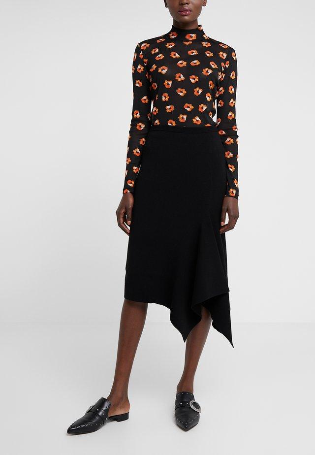 TIERNEY - Áčková sukně - black