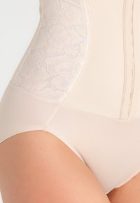Maidenform - Shapewear - latte lift combo - 3