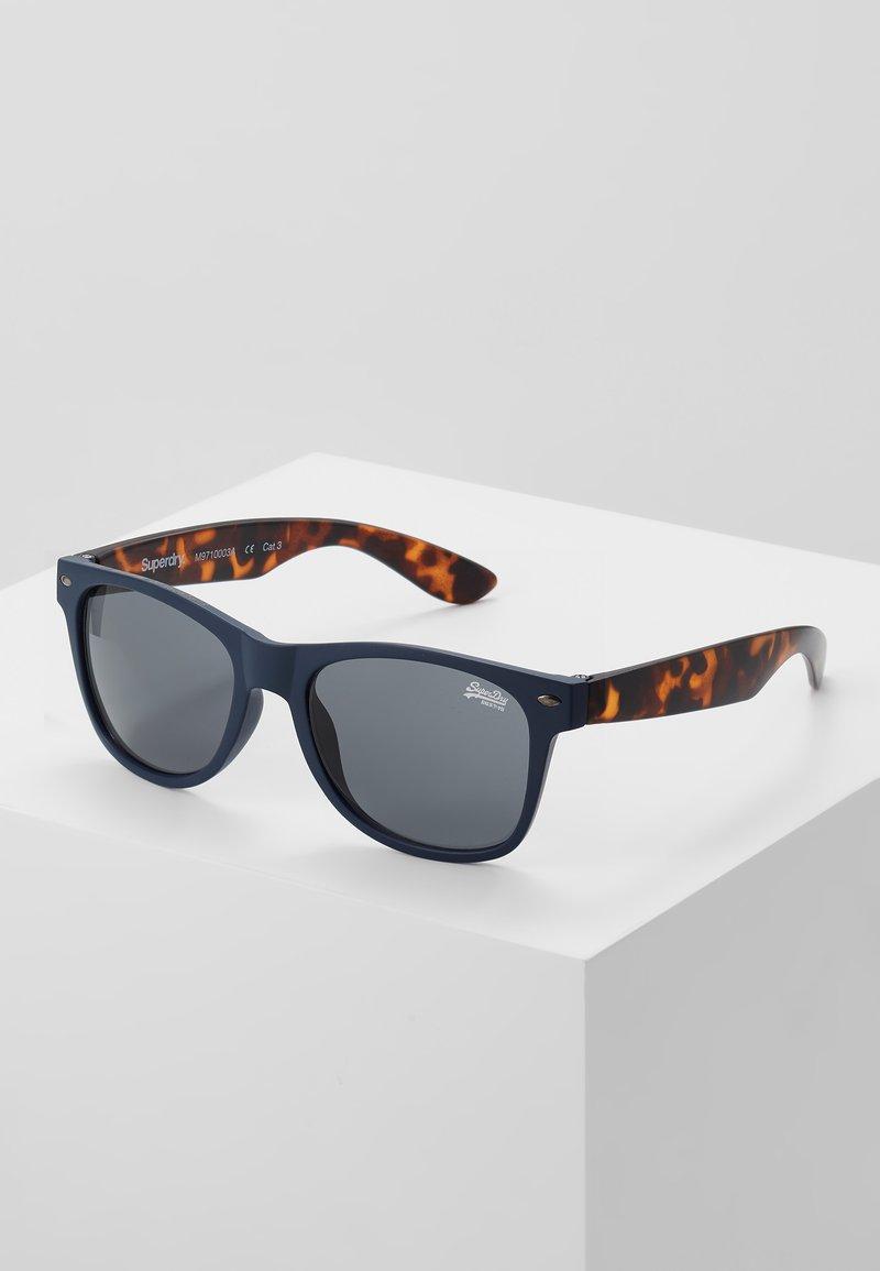 Superdry - NEWFARE - Sluneční brýle - matte navy