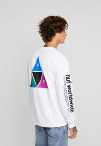 HUF - PRISM TEE - Långärmad tröja - white - 2