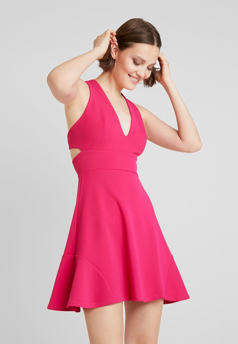 Club L London - Cocktail dress / Party dress - hot pink