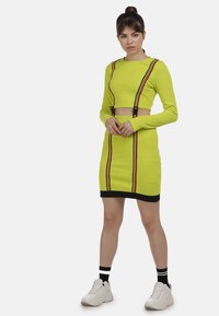 myMo ATHLSR - Shift dress - neon gelb - 1