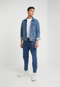 Won Hundred - BEN - Relaxed fit jeans - stone blue - 1